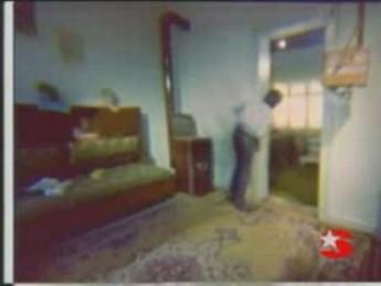 E.T. piteux : extrait vidéos du film Badi (Turkish E.T.)