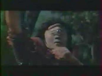Cyclope en mousse : extrait vidéos du film La Revanche de Samson