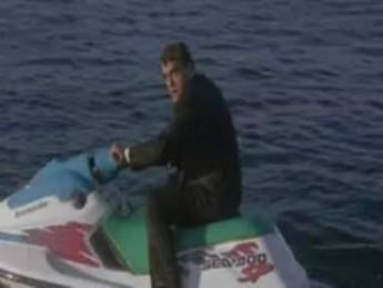 Requin marteau : extrait vidéos du film Shark Attack 3