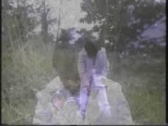 Weng Weng s'envoie en l'air : extrait vidéos du film For Y'ur Height Only
