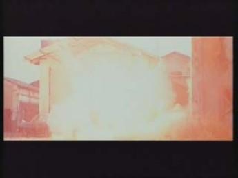 Mannequins débusqués à la grenade : extrait vidéos du film Les Guerriers du Bronx 2