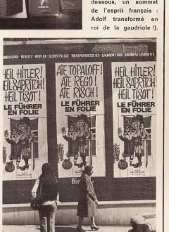 """Une photo tirée du """"Crapouillot"""" (nouvelle série n°31, été 1974). Les passants sont manifestement sous le charme des affiches d'époque !"""