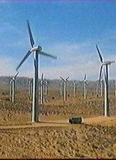 """Voici ce que nos héros appellent des """"moulins à vent""""."""