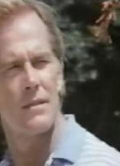 Richard Harrison, les cheveux au vent.