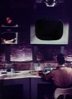 Les bonnes astuces de tonton Al. Vous prenez une photo d'un autre film, vous découpez celle-ci au niveau de l'écran de contrôle.