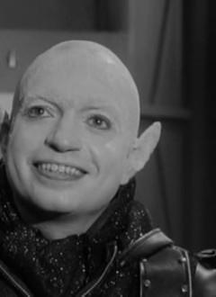 Lou Cutel, définitivement l'acteur le plus réjouissant du film.